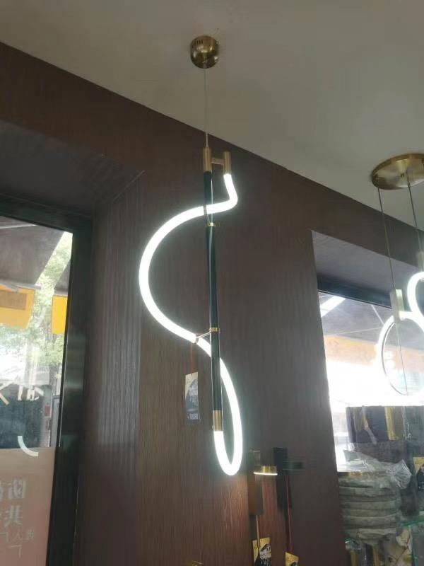 Đèn thả sắt DTH08027