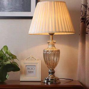 Đèn bàn khách sạn DBKS0120
